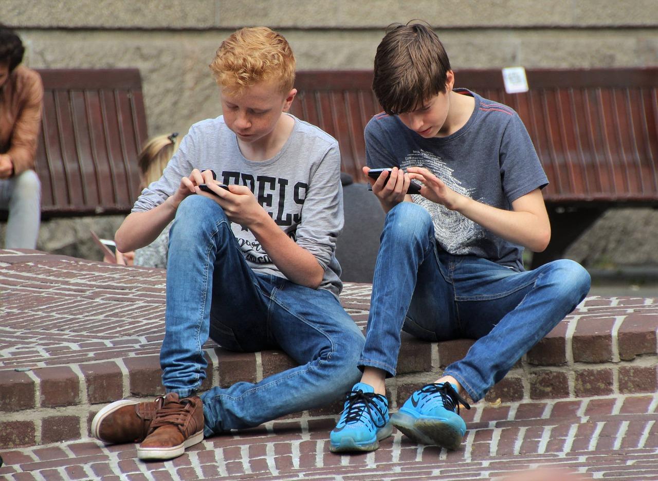 Problemele de sanatate mentala nu sunt legate de utilizarea dispozitivelor digitale