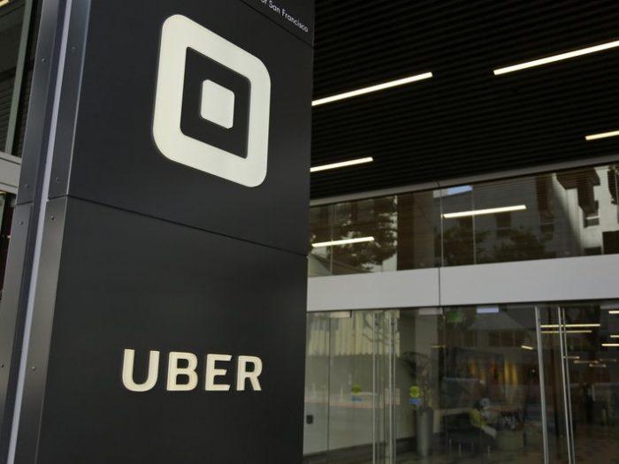 Uber mai taie 3.000 de joburi și 45 de birouri