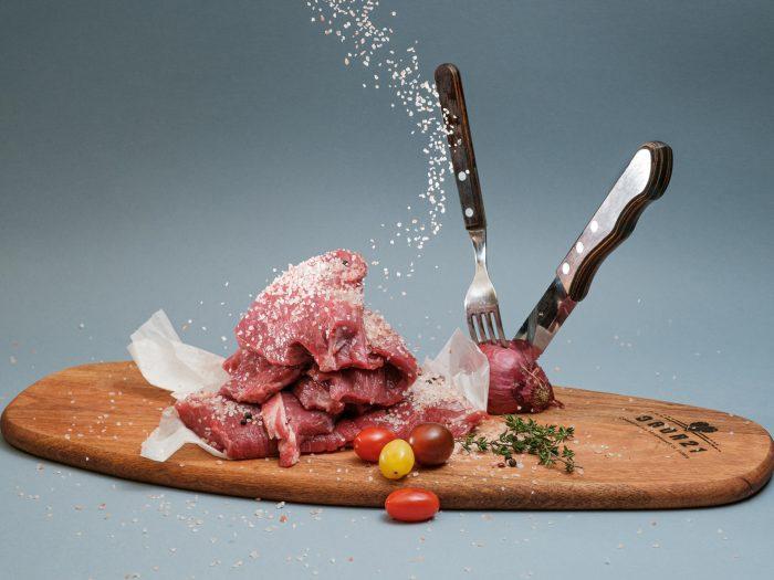 romanii iubesc carnea