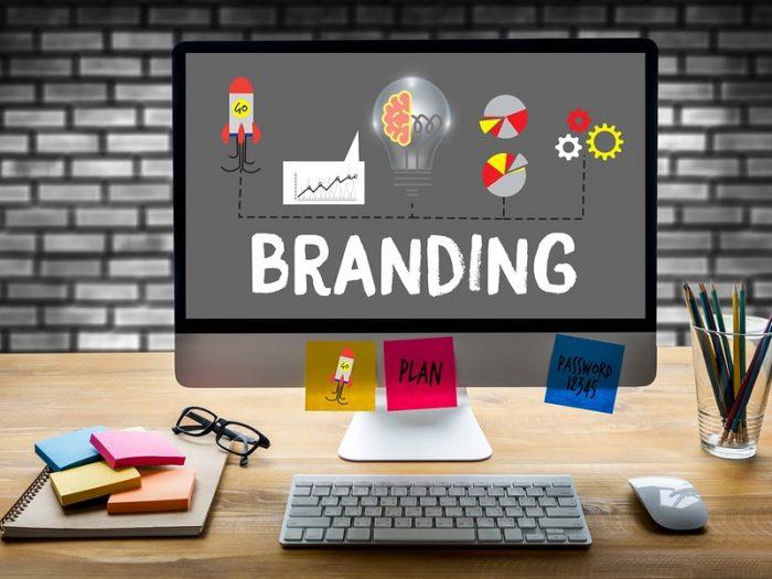 2web software: Firmele care combină Digitalul cu Brandingul au parte de 50% mai multă vizibilitate